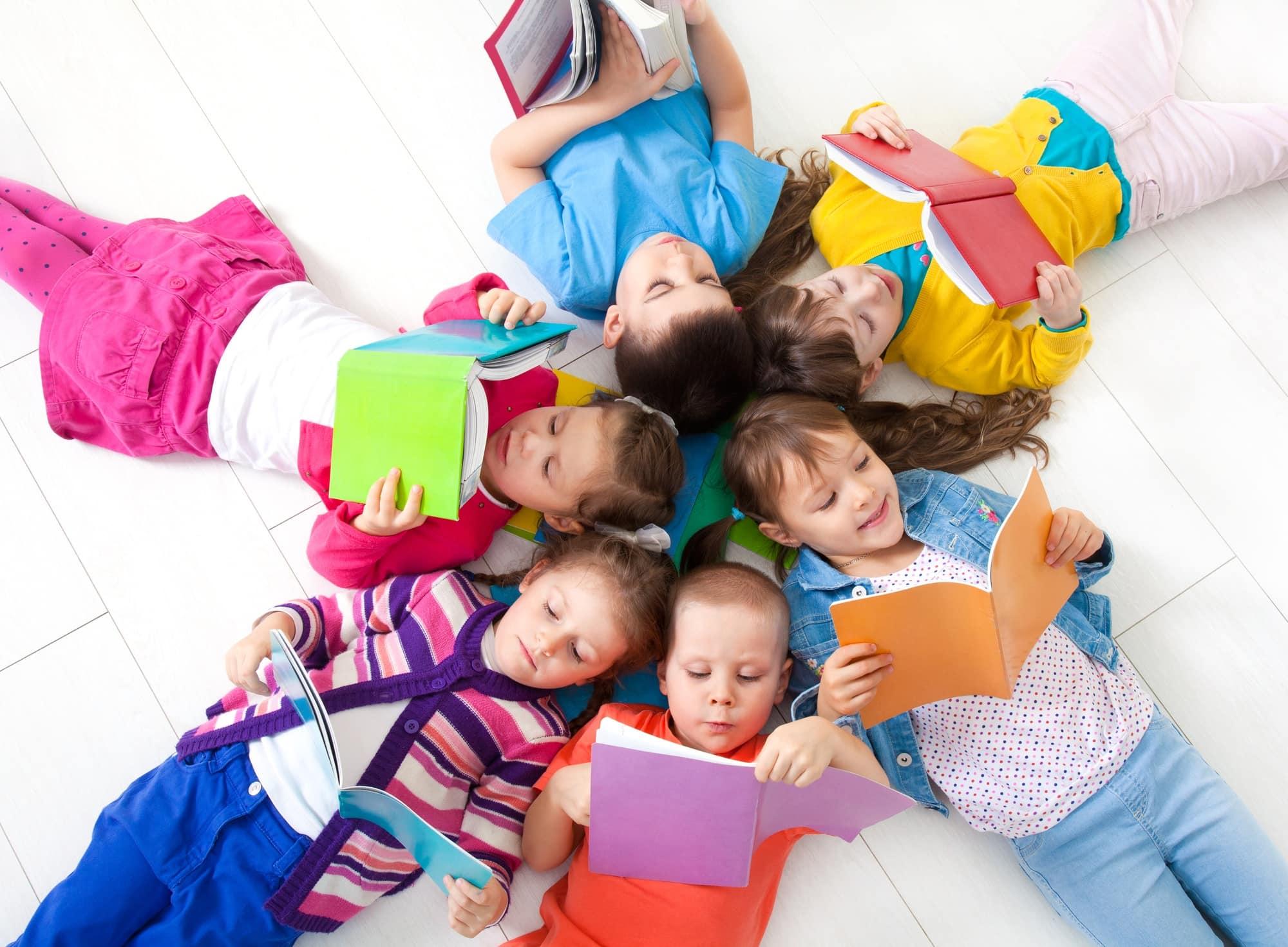 deti a čítanie kníh