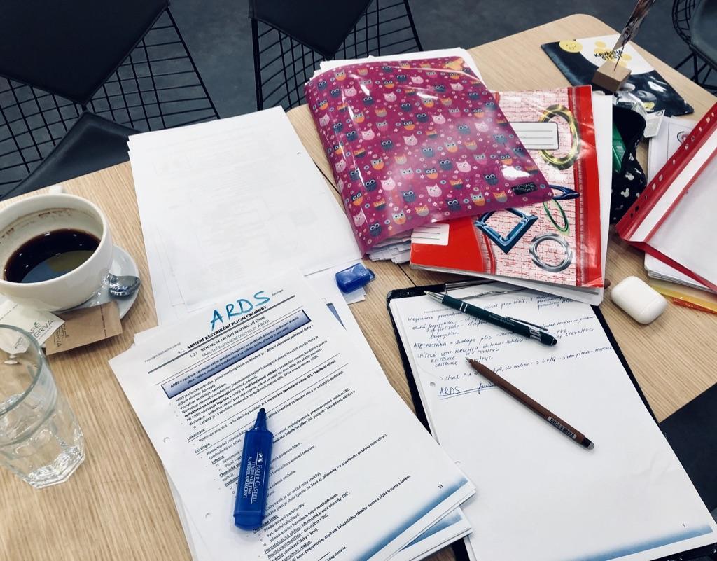 rozhovor Miška Pravda o štúdiu medicíny